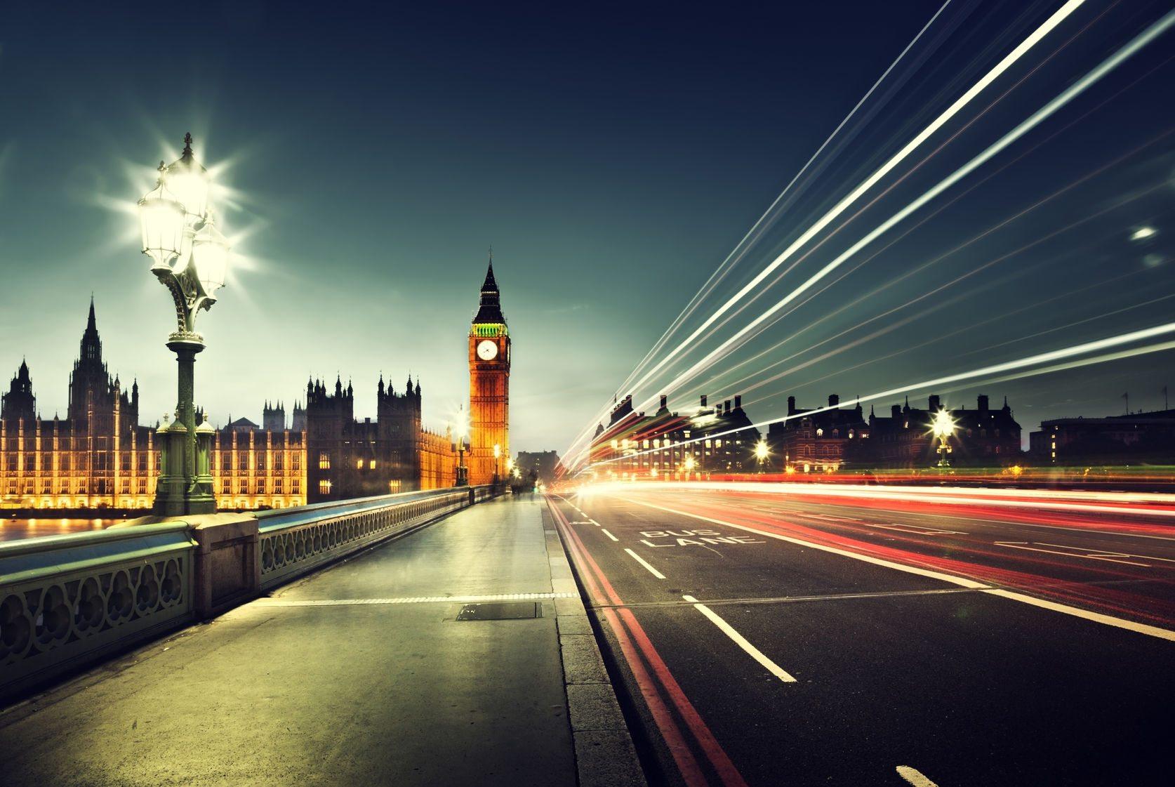 5G: Avrupa, İngiltere'nin İzinden mi Gidecek?